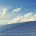 太陽光発電システムのパワコンにかかる費用